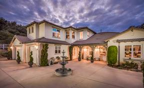 Single Family Home For Sale: 4554 Highland Oaks Street