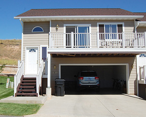 Spearfish SD Residential For Rent: $1,100