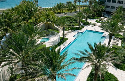 Bellaria Palm Beach Luxury Condo Pool