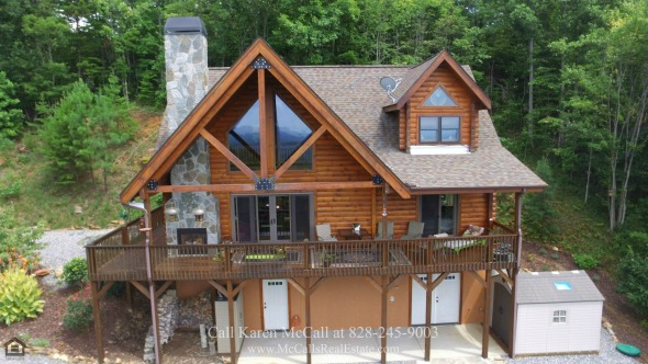 Homes for Sale in Yellowtop Mountain Estates NC - The best luxury log home living is yours in this Yellowtop Mountain log home for sale.