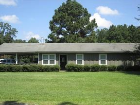 Single Family Home Sold: 138 Cottonwood Lane