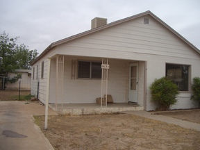 Single Family Home For Rent: 1624 S Ave E