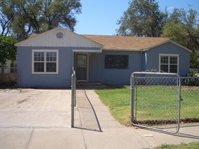 Single Family Home For Rent: 933 W 17th St