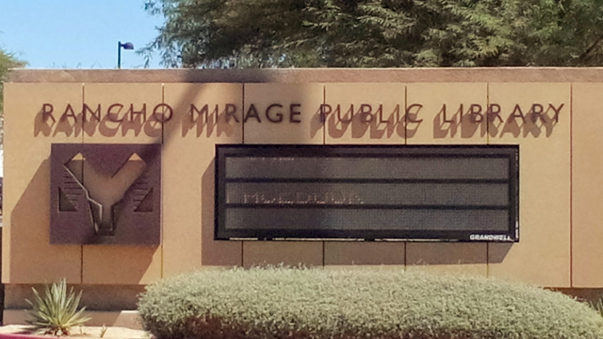 Rancho Mirage CA Library Sign
