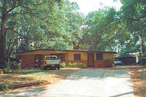 Residential Closed: 12402 Juniper Circle