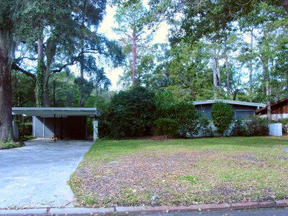 Residential Closed: 12505 Kingwood Drive