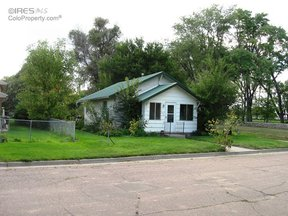 Single Family Home Sold: 313 N Walker Ave