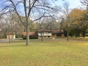 Brookfield WI Single Family Home Sold: $377,500