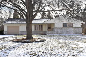 Bayside WI Single Family Home Sold: $224,000