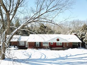 Mequon WI Single Family Home Sold: $249,900