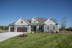 New Berlin WI Single Family Home Sold: $670,300