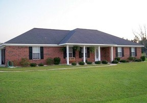 Residential Closed: 18539 Outlook Dr
