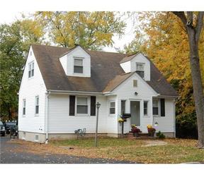 Single Family Home For Sale: 449 Lake Avenue