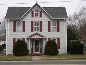 Residential Closed: 305 Oldtown Road