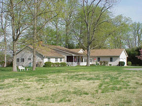 Residential Closed: 302 Fleetwood Road