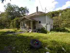 Residential Sold: 49 Old Liberty Road