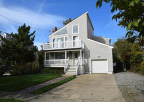 Spring Lake NJ Colonial For Sale: $5,995