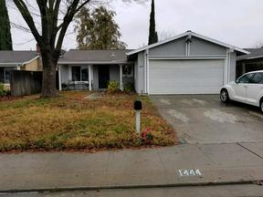 Single Family Home Sold: 1444 Birch Drive