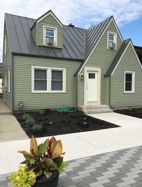 Rental For Rent: 161 W Franklin St #102