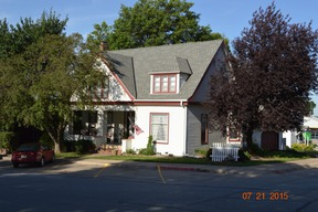 Single Family Home Sold: 579 Thorne