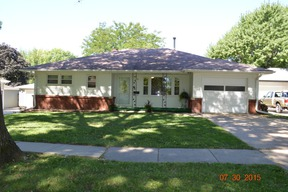 Single Family Home Sold: 1415 Midland