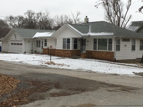 Single Family Home Sold: 896 Mohawk St