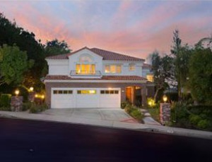 Homes for Sale in Calabasas, CA
