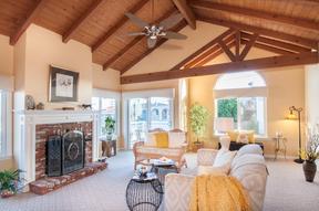 Redondo Beach CA Single Family Home Sold: $924,500