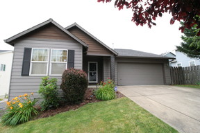 Gresham OR Single Family Home Sold: $330,000