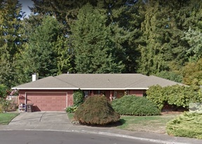 Single Family Home Pending: 637 SE 28th Place