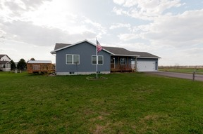 Cameron WI Single Family Home For Sale: $174,900