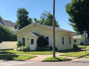 Single Family Home Sold: 516 W Messenger St