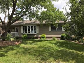 Single Family Home Sold: 903 W Allen St