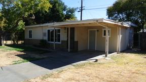 Sacramento CA Single Family Home For Rent: $1,275 1275
