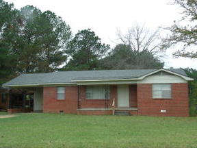 Louisville MS Single Family Home For Sale: $53,900