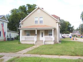 Single Family Home For Rent: 418 S. Adams St.