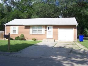 Single Family Home For Rent: 916 Cleary