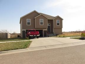 Single Family Home For Rent: 3111 Oakwood