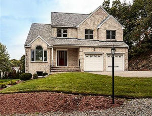 Homes for Sale in Waltham, MA