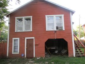 Single Family Home Rented: 256 E. 75th Street