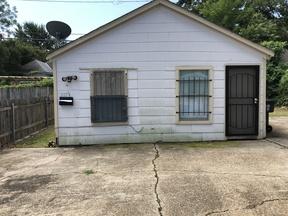 Rental For Rent: 517 1/2 Stoner Avenue