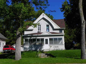 Single Family Home Sold: 219 SE Becker Av