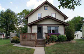 Single Family Home Sold: 605 S 15 St