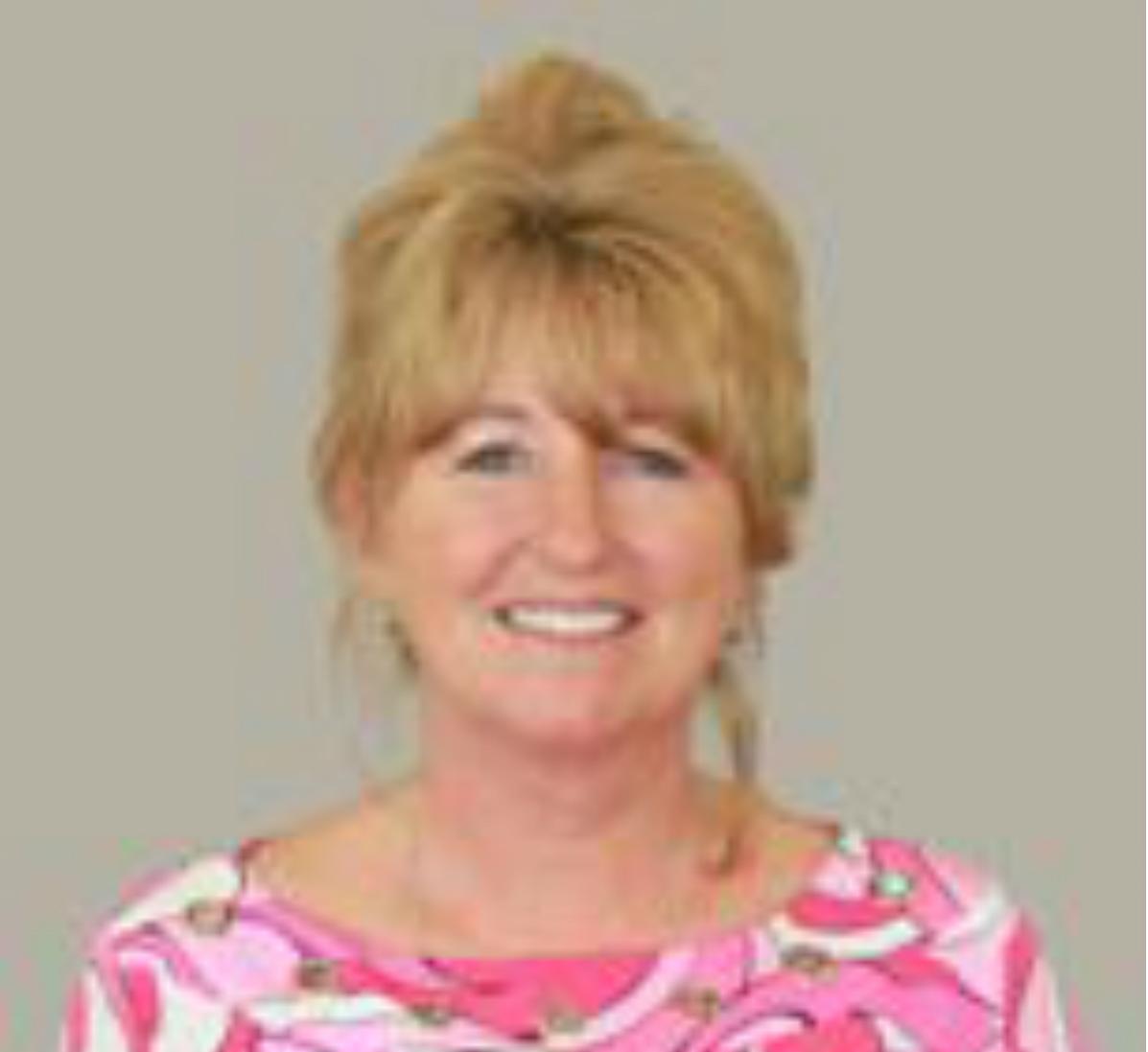 Gina-Aronson-New-Age-Agent-Iowa