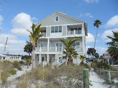 Homes for Sale in Indian Shores, FL