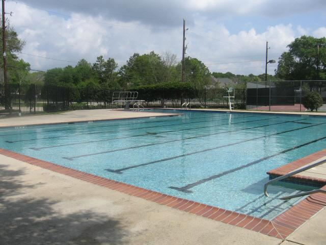 The Thicket at Spring TX community swimming pool