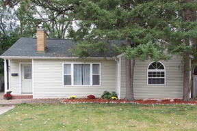 Charlotte MI Residential Sold: $109,900 Price Reduced