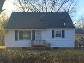 Lansing MI Residential Sale Pending: $94,900