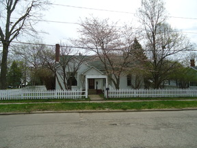 Charlotte MI Residential Sold: $122,900 Great Neighborhood