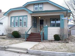 Single Family Home Sold: 1332 Blaine Ave